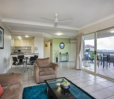 One-Bedroom-Apartment-Airlie-Beach-5