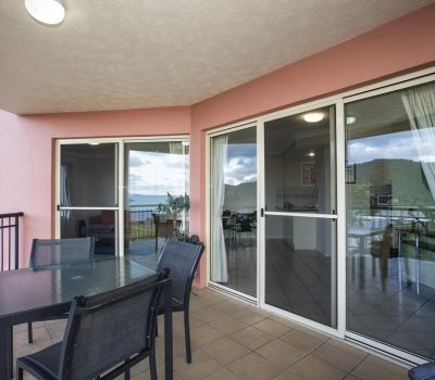 One-Bedroom-Apartment-Airlie-Beach-9
