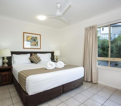 Executive-Airlie-Beach-Apartments-5