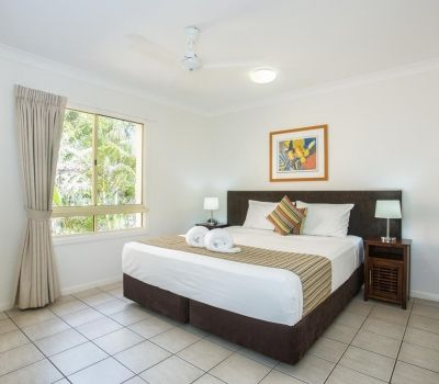 Two-Bedroom-Apartments-Airlie-Beach-11