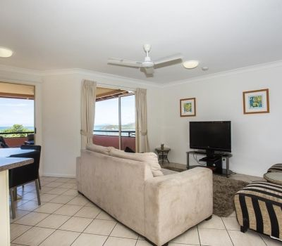 Two-Bedroom-Apartments-Airlie-Beach-2