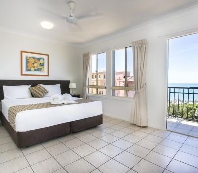 Two-Bedroom-Apartments-Airlie-Beach-6