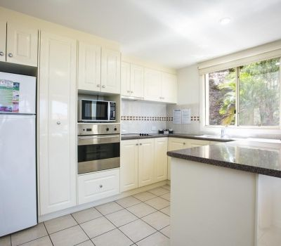 Two-Bedroom-Apartments-Airlie-Beach-9