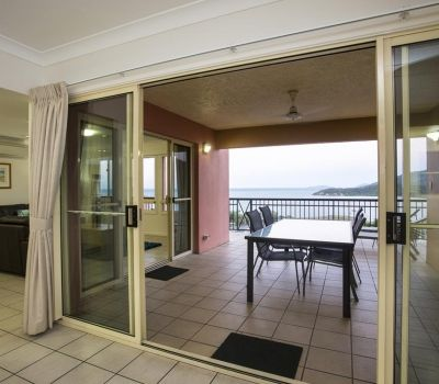 Two-Bedroom-Penthouse-Airlie-Beach-10