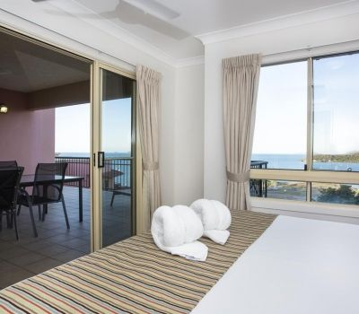 Two-Bedroom-Penthouse-Airlie-Beach-4