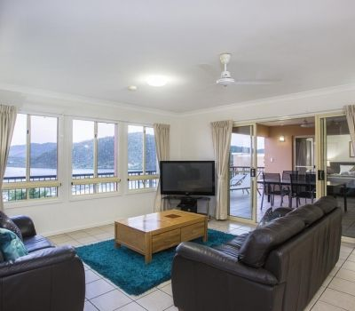 Two-Bedroom-Penthouse-Airlie-Beach-5