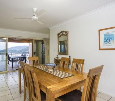 Two-Bedroom-Penthouse-Airlie-Beach-7