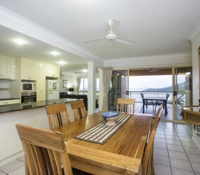 Two-Bedroom-Penthouse-Airlie-Beach-8